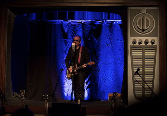 On his recent Detour solo tour, Elvis Costello accompanie...