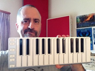 The CME Xkey arrives at the RECORDING offices